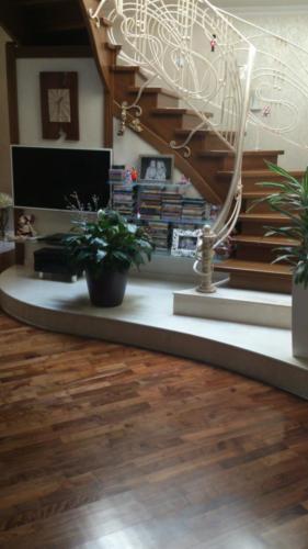 Массивная доска из дуба, Сорт Рустик, покрытие «шелковисто-матовый» лак